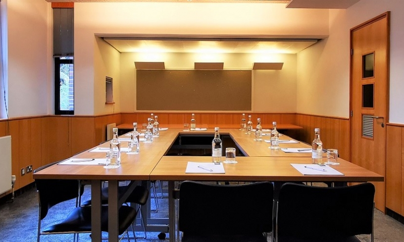 Fitzwilliam College Seminar Room 4